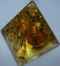 Карандашница пирамидка золотой заяц 10см(пластмасса)